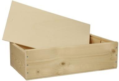 Kist met houten schuifdeksel
